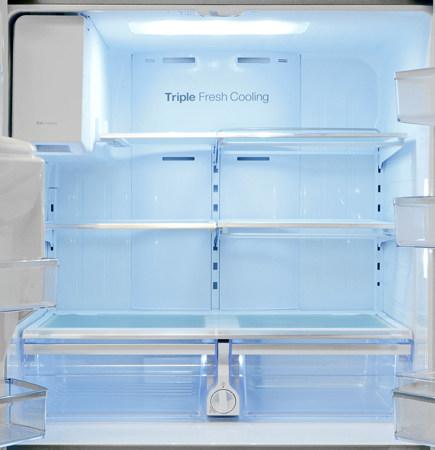 Samsung-RF32FMQDBSR-fridge