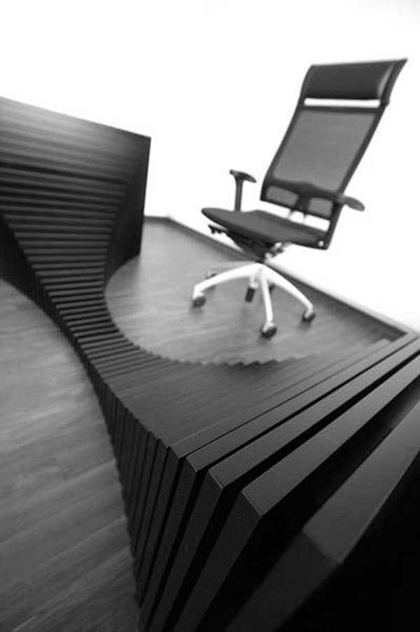 office-desk2