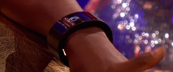 ویلیام (ویل آی ام) ساعت هوشمند شخصی میسازد