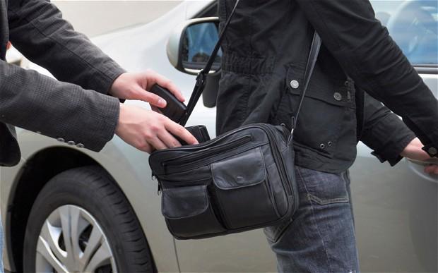 سرقت تلفن همراه رو به افزایش است