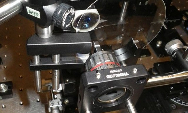 سریع ترین دوربین جهان با ۴.۴ تریلیون فریم بر ثانیه