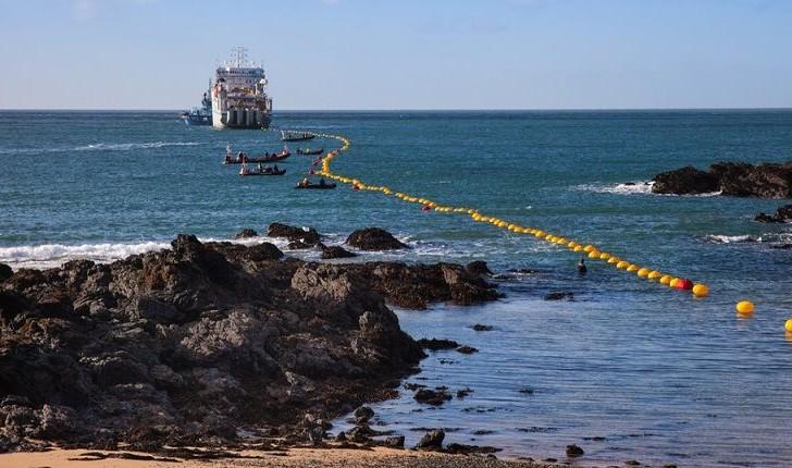 سرمایهگذاری ۳۰۰میلیون دلاری گوگل روی کابلهای زیردریایی