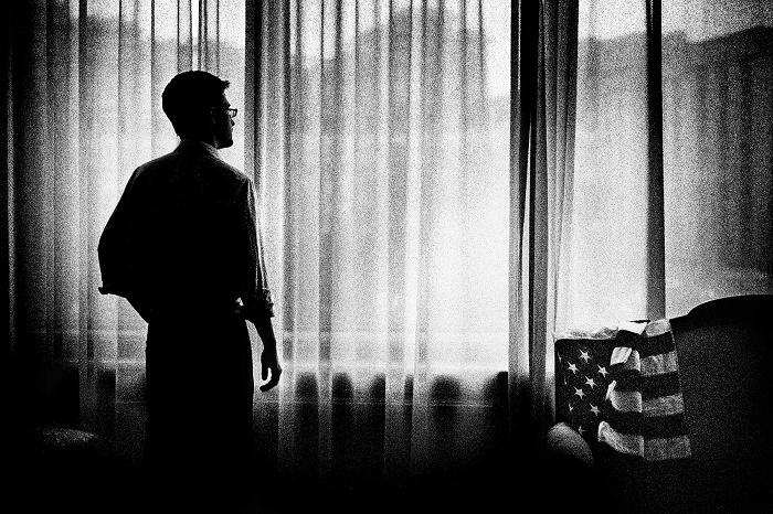 ادوارد اسنودن مردی که دنیا به دنبال اوست – قسمت اول