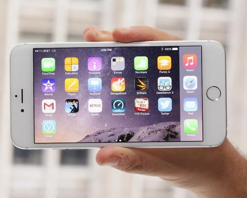 پیشی گرفتن فروش آی فون ۶ پلاس در آمریکا