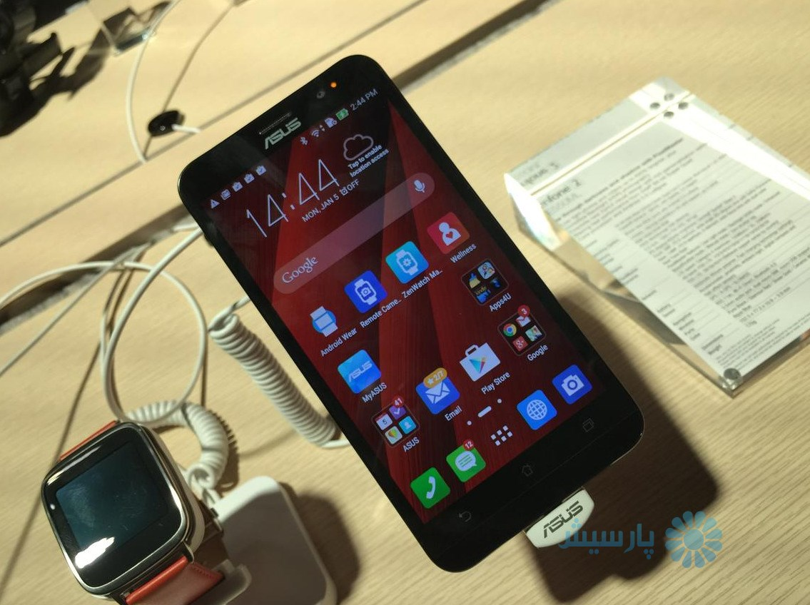 Asus ZenFone 2 and ZenFone Zoom (pictures)