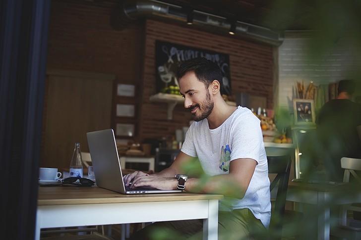 چگونه انتظارات مشتری را در هر پروژه خلاقانه بر طرف کنیم